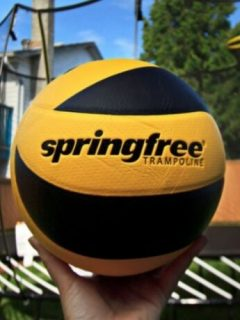 Springfree Trampoline Reviews with Basketball