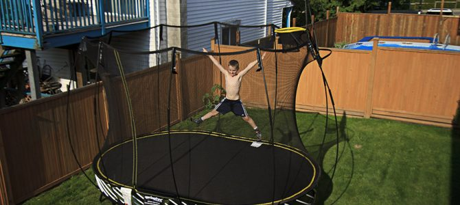 10 Essential Tips for Moving a Trampoline